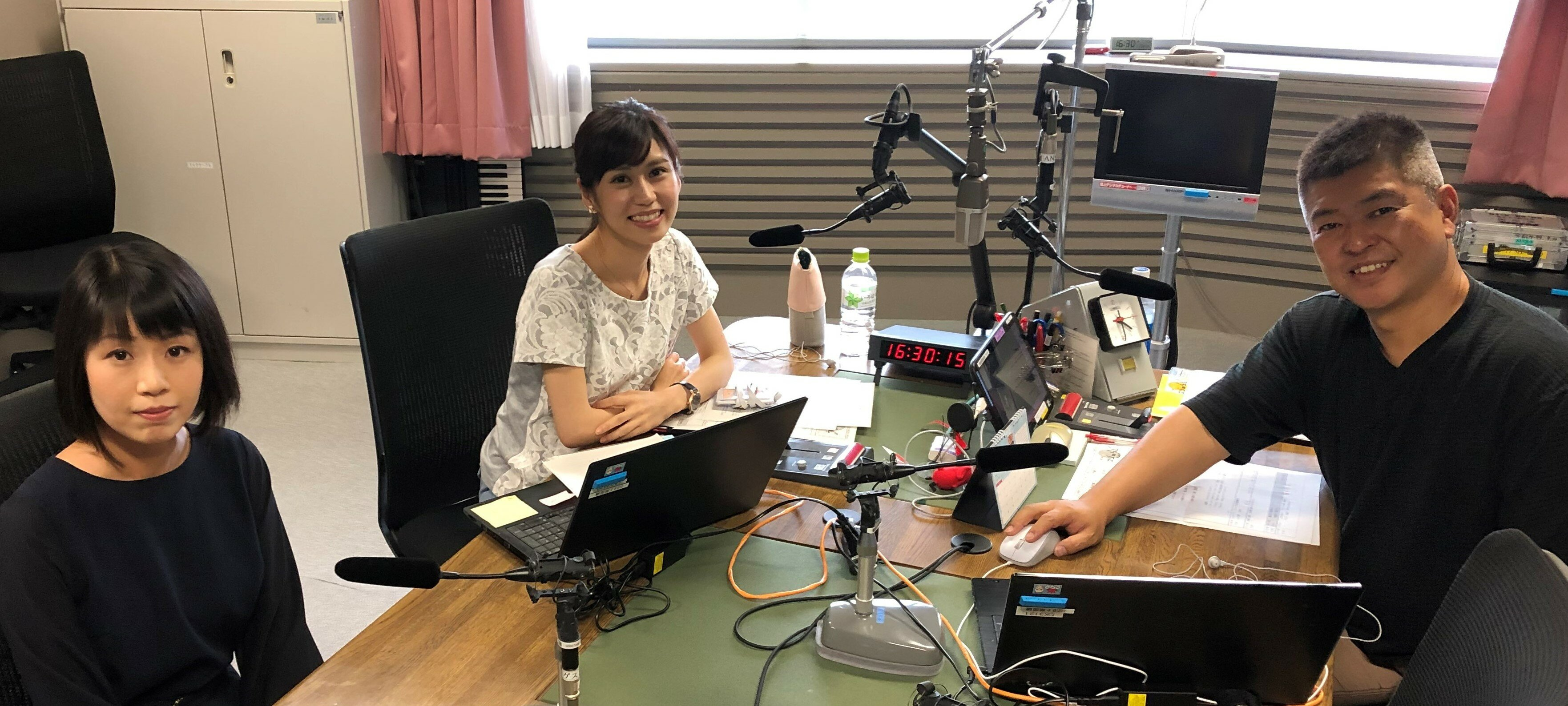 NHKラジオ 出演写真(トリミング後2).jpeg