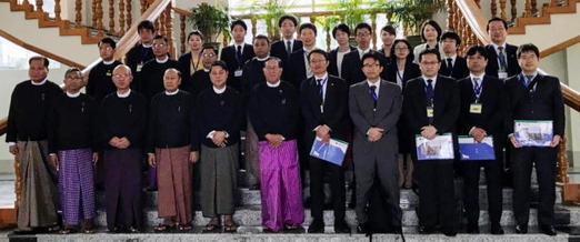 ミャンマー視察旅行(最高裁訪問).jpg